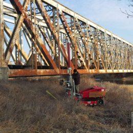 Sondowanie CPT przy moście kolejowym w Ostrowcu Świętokrzyskim