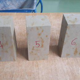 Próbki do badań wytrzymałości skały